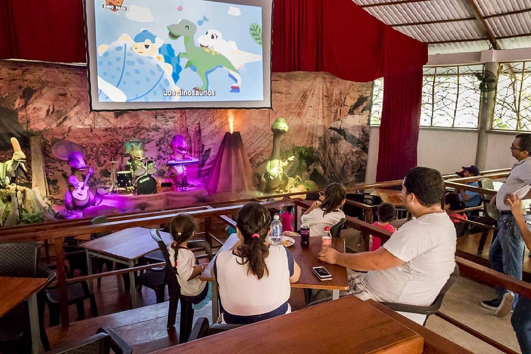 imagenes de dino park guatemala