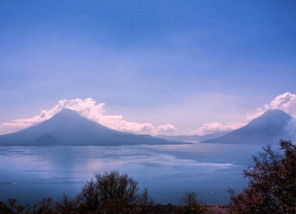 Lago de Atitlán en Sololá, Guatemala