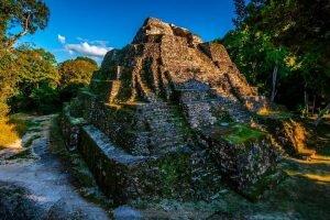 Sitio Arqueológico Yaxhá en Petén