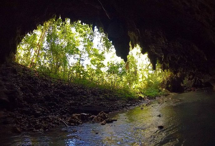 cuevas de candelaria camposanto Guatemala