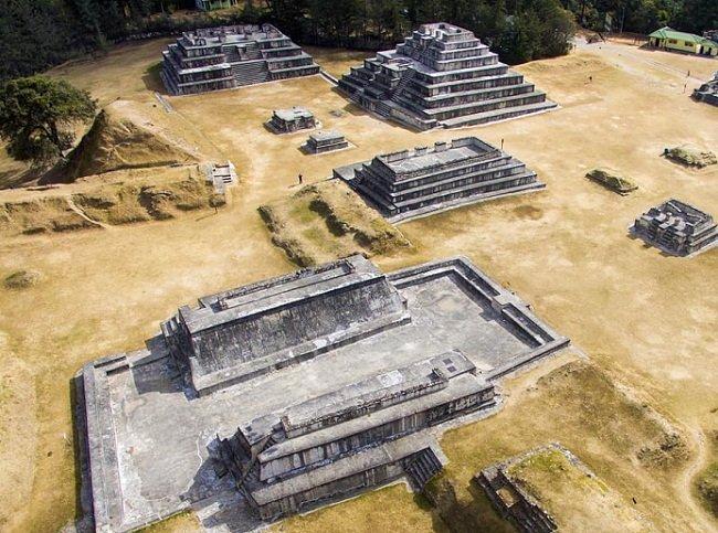 Parque Arqueológico Zaculeu huehuetenango