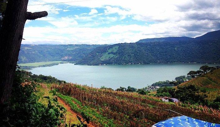 Laguna de Calderas en Amatitlán 1