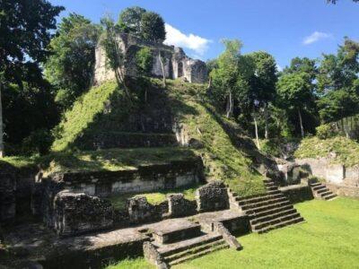 Sitio Arqueológico Nakum en Petén