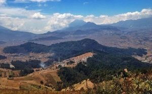 Vista desde El Volcán Cuxliquel, Totonicapán