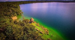 Parque Nacional Laguna Lachuá en Alta Verapaz