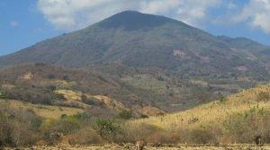 Volcán Jumaytepeque en Santa Rosa