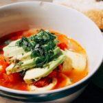 Caldo de huevo guatemalteco