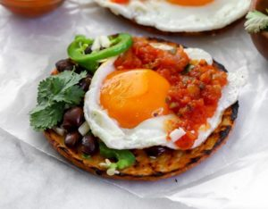 Huevos rancheros guatemaltecos