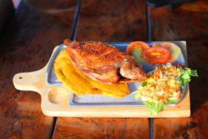 Mojarra frita guatemalteca